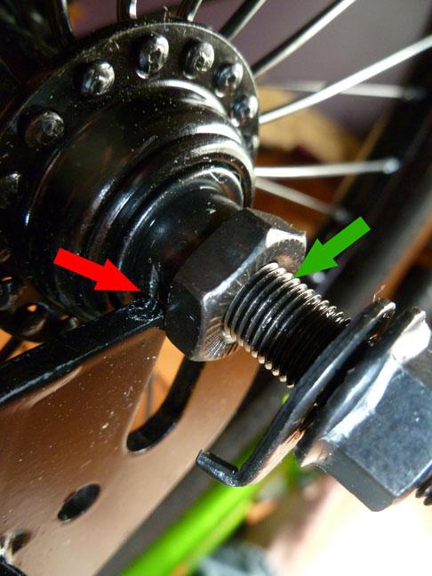 "Toys R Us Avigo 18"" Bike 81806 - Axle problem"